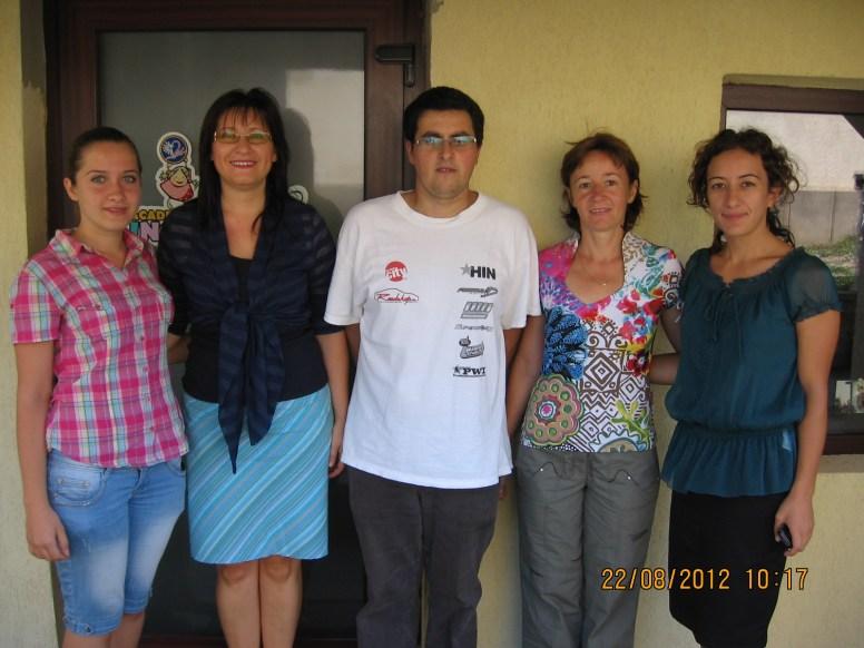 Echipa de voluntari