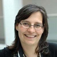 Sabine Metzger-Groom offers a testimonial
