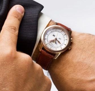 midia-indoor-relogio-pulso-tempo-horario-braco-homem-ponteiro-hora-segundo-minuto-carreira-trabalho-prazo-executivo-mao-dedo-reuniao-pontual-data-lembranca-esquecimento-127007721