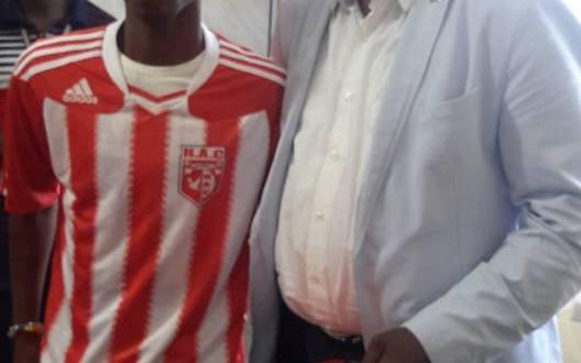 Saison 2015 - 2016 : Brefo Mensah signe à Horoya