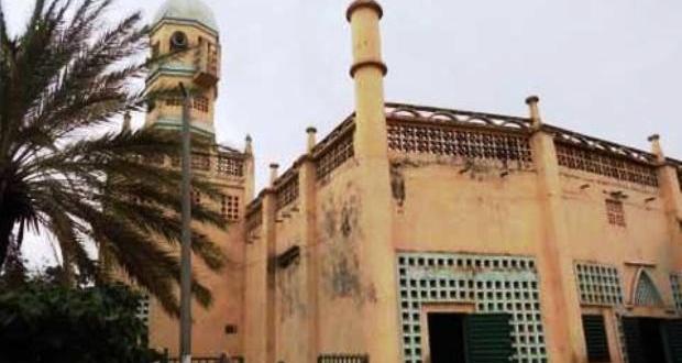 Le grand imam de la mosquée de Kintinian arrêté par le Préfet de Siguiri