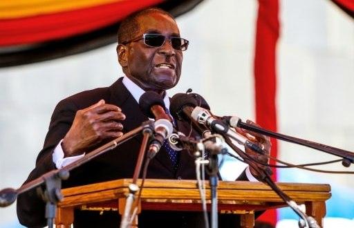 Le président zimbabwéen Robert Mugabe, le 13 avril 2016 à Harare   AFP/Archives   JEKESAI NJIKIZANA