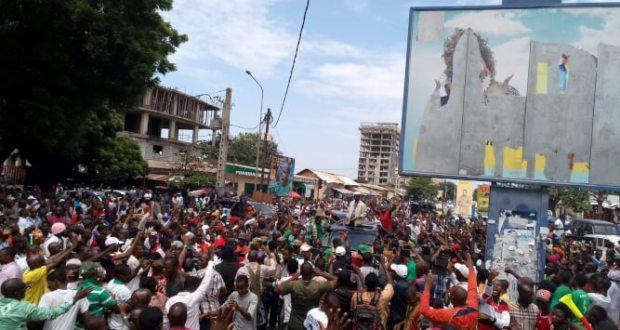 Cellou dalein Diallo à Kaloum boulevard Diallo Telly