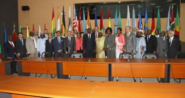 RENCONTRE ENTRE LE MINISTRE DES AFFAIRES ETRANGERES ET DES GUINEENS DE L'ETRANGER ET LA COMMUNAUTE DIPLOMATIQUE ACCREDITEE EN GUINEE SUR LA PRESIDENCE GUINEENNE DE L'UNION AFRICAINE