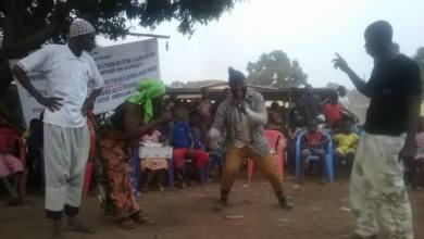 SFCG appui les artistes locaux de Kankan dans l'éducation citoyenne