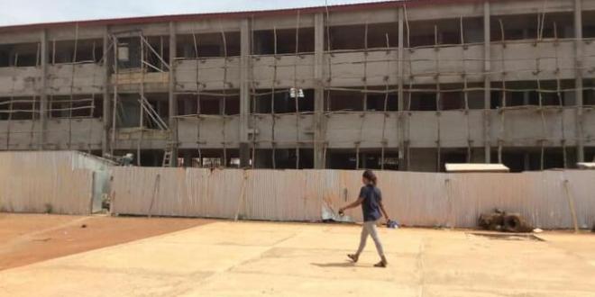 Construction, extension et modernisation des collèges du pays, les travaux du collège moderne Marien Gouabi exécutés à plus de 80%.