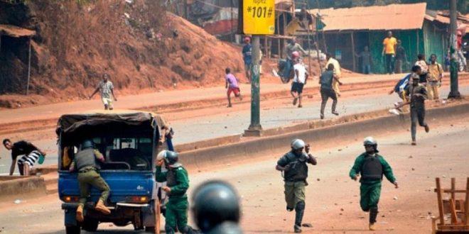 Manifestation de rue Conakry gendarmerie FNDC opposition jet de pierre