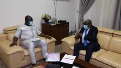 Ibrahima Khalil KABA et Ernesto Mountaga DIALLO, Ambassadeur de la République de Guinée Bissau à Conakry.
