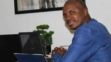Ibrahima DIALLO Responsable des Opérations du FNDC Coordinateur du Mouvement Tournons La Page en Guinée