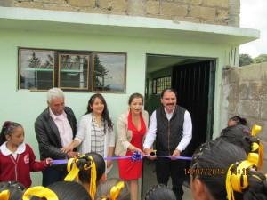 DOTAN-DE-MOBILIARIO-Y-EQUIPO-A-ESCUELA-DE-ALMOLOYA-DE-JUÁREZ-1