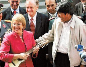 Encuentro-Evo-Morales-Michelle-Bachelet_LRZIMA20130322_0177_11