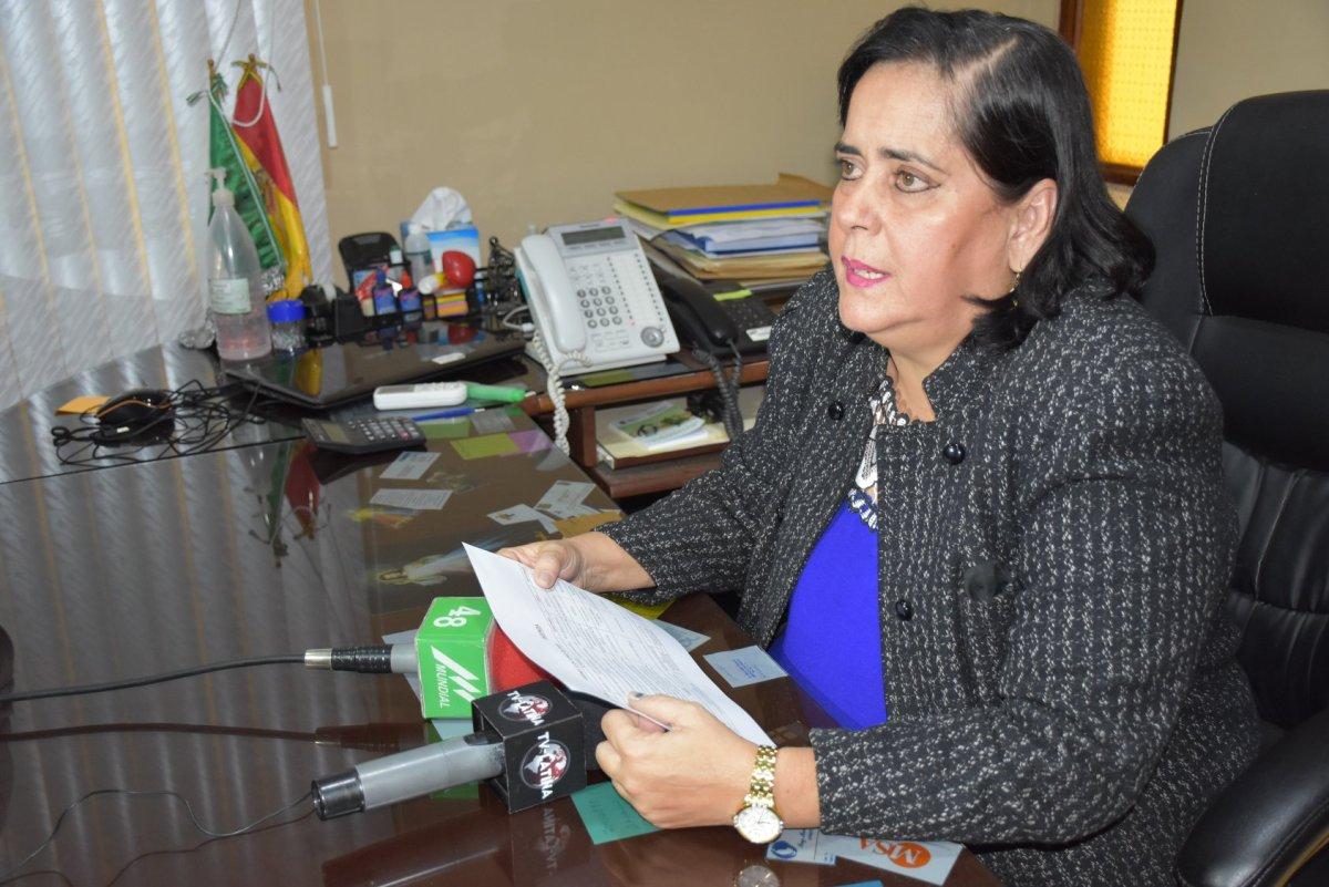 Dra. Teresita Elizabeth Paz Saucedo asume como alcaldesa interina de Montero.  – CONCEJO MUNICIPAL DE MONTERO