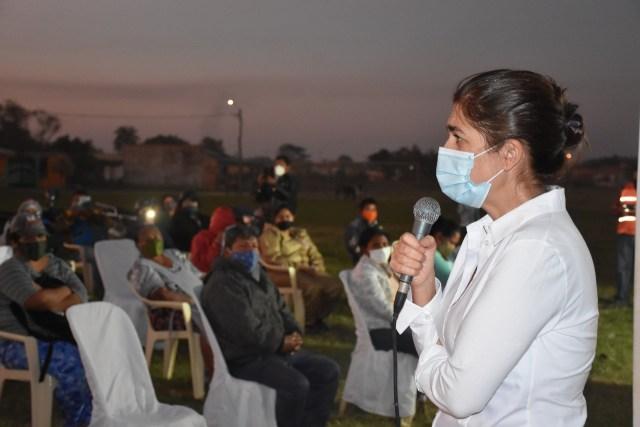 Dra. Patricia Callisperis, llegó a la ciudad de Montero para socializar la utilidad del dióxido de cloro.