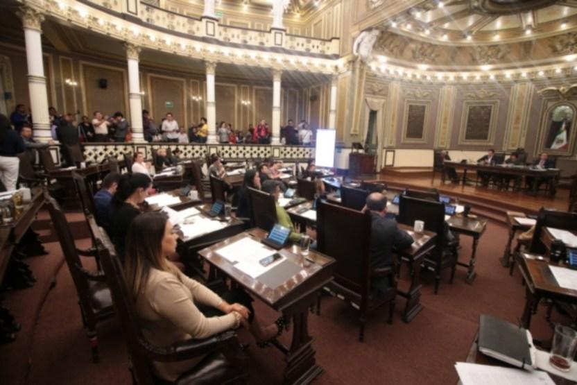 CongresoPuebla1 - Tribunal ordena suspender nombramiento de José Félix Cerezo como ombudsman de Puebla - #Noticias