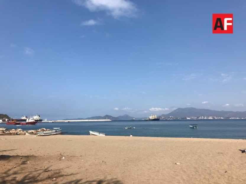 Playa manzanillo.jpg 1024x768 - Temperaturas máximas de 35°C a 40°C y cielo parcialmente nublado por la tarde en Colima