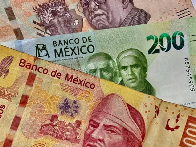 peso - Moody's prevé una caída de 3.7% en la economía mexicana por Covid-19