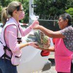 DIF 3 5 660x330 - Donan 50 toneladas de papaya, mango, huevo, tamarindo, pepino y limón en apoyo a población – Archivo Digital Colima