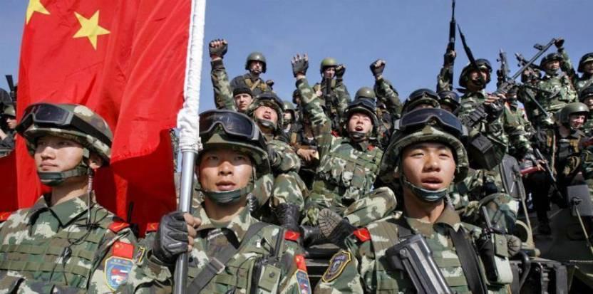 2750211.jpgfit900447ssl1 - China y la India despliegan militares a lo largo de su frontera