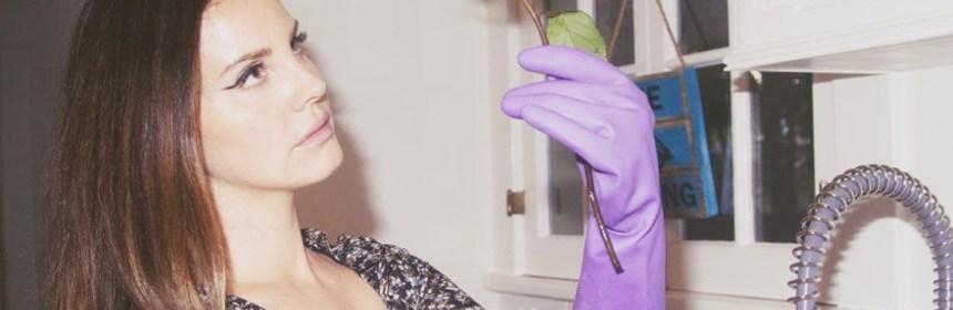 befunky project 2020 05 23t161114 281 - Lana del Rey es tundida en redes sociales después de criticar la música de Beyoncé y Nicki Minaj