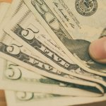 dolares billetes 7 - Peso muestra apreciación de 7.5 centavos ; dólar se cotiza en 23.82