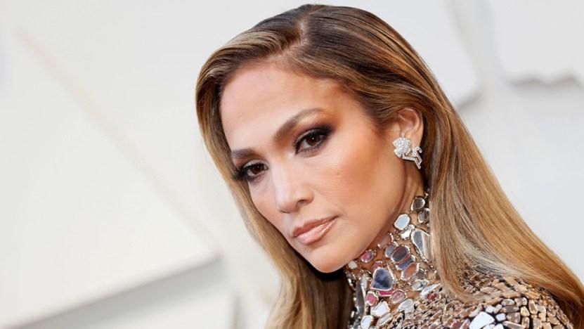 jennifer lopez 1.jpgfit1000563 - Jennifer Lopez se quitó el maquillaje y sorprendió a todos con su rostro de más de 50 años (FOTO)