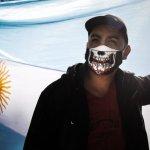 113138810 tv062138131 - Cómo la pandemia de coronavirus agravó la brecha entre Brasil y Argentina