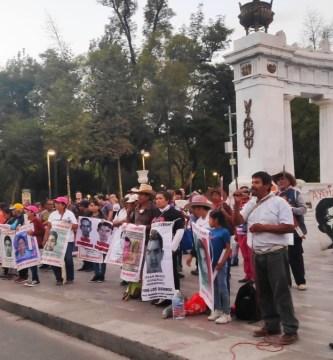 Ayotzinapa - detienen a comandante de la Agencia de Investigación Criminal