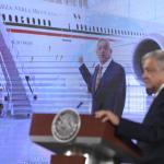AMLO avion presidencial Felipe Calderon - Calderón tiene coraje por el avión presidencial: AMLO