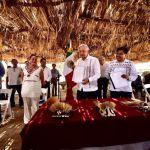"""AMLO pueblo yaqui - AMLO promete """"justicia"""" al pueblo yaqui; """"no los vamos a traicionar"""""""