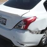 autochocado 1 crop1597356728121.jpg 673822677 - Se registra un accidente entre un automóvil y dos motocicletas por la Juan Pablo, Mazatlán
