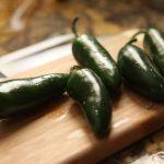 chiles jalapec3b1os stephen vanhove en pixabay - ¿Cuál es la mejor manera de comer el chile para aprovechar sus beneficios?