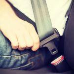 shutterstock 199821281 - ¿Cuál es la mejor posición del asiento para conducir un automóvil?