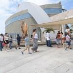 acuario crop1599401766552.jpg 673822677 - Pese a Covid-10, no deja de llegar turismo los fines de semana a Mazatlán