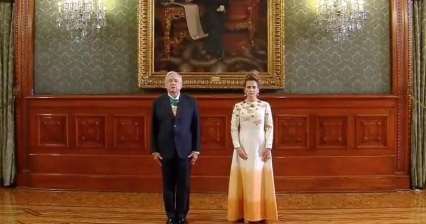 beatriz gutierrez con el vestido crop1600244851832.jpg 673822677 - El vestido de Beatriz Gutiérrez Müller divide opiniones
