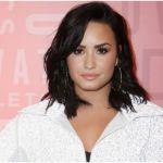 demi lovato casa - Demi Lovato estrena mansión con piscina de agua salada en Studio City, California