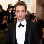 robert pattinson - Fan de lo sencillo: Mira la camioneta que Robert Pattinson compró por Internet hace años