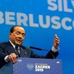 """silvio berlusconi covid 19 - Silvio Berlusconi, expremier de Italia, está en """"fase delicada"""" por covid-19"""