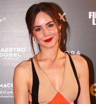 camilasodimezcalent 1 - Camila Sodi presume su arriesgada sesión fotográfica en la que posó en topless
