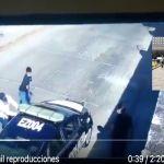 VIDEO  Momento exacto en que sicarios matan a policía en estado gobernado por Cuauhtémoc Blanco - VIDEO: Momento exacto en que sicarios matan a policía en estado gobernado por Cuauhtémoc Blanco