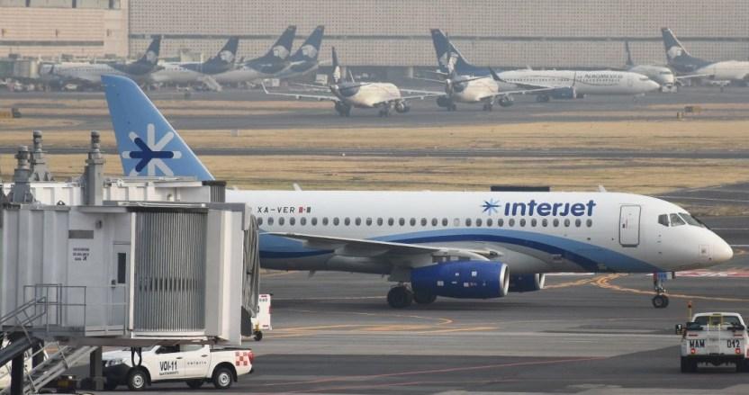 interjet avion estacionado - La IATA saca a Interjet de lista de aerolíneas que pueden vender boletos en agencias de viajes
