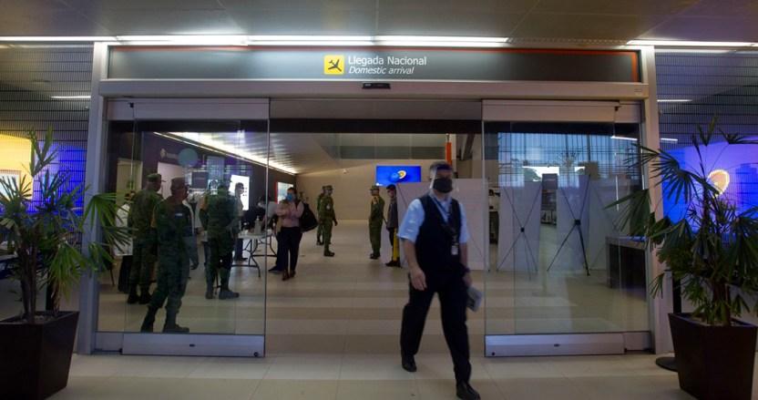vuelos covid - Nuevo León pondrá en cuarentena de 14 días a todos los viajeros provenientes de Reino Unido