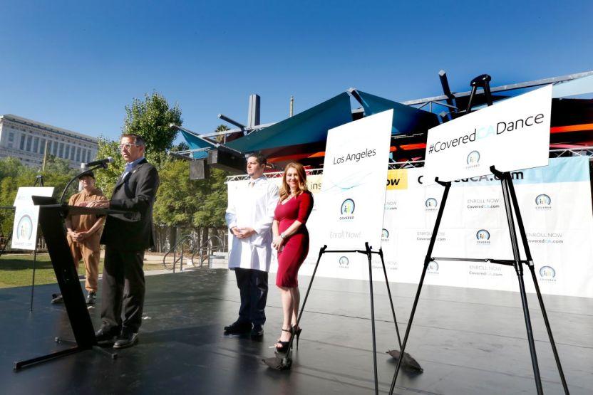 """111218 5 covered california - California rompe récord de inscripciones a """"Obamacare"""" para 2021"""