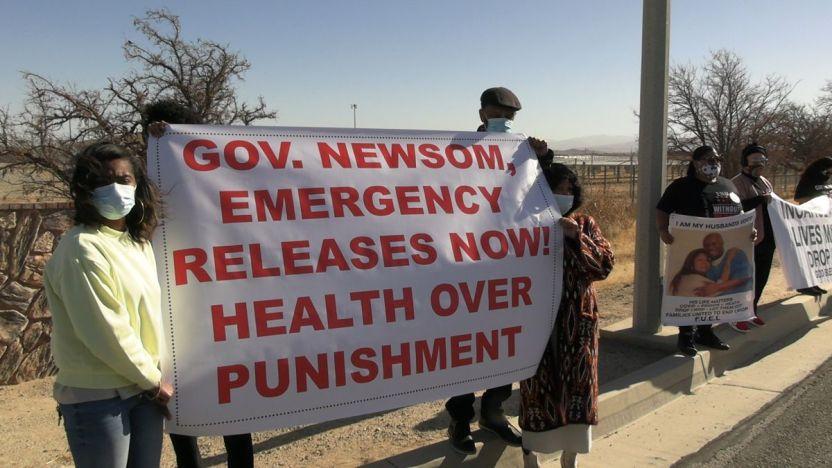 IMG 2545 - Activistas presionan al gobernador para que libere reclusos en California