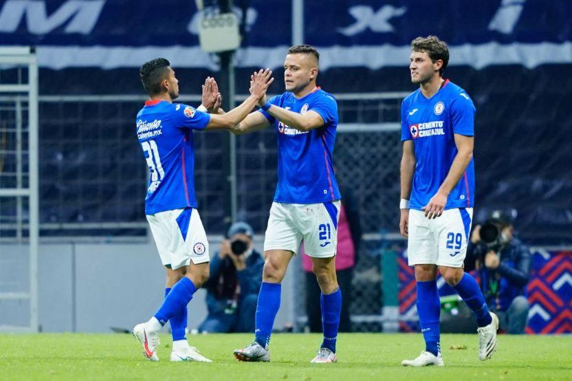 cruz azul queretaro enero 2021 - 'Cabecita' Rodríguez despierta y es pieza clave en la goleada de Cruz Azul frente a Querétaro