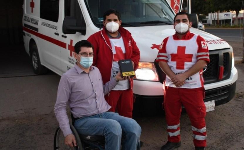 dona luces led para una ambulancia por el apoyo brindado crop1610416729187.jpeg 242310155 - Dona luces LED para una ambulancia por el apoyo brindado