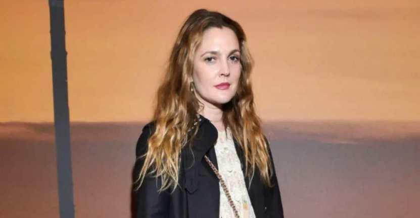 drew barrymore fue plantada - Drew Barrymore confesó que la plantaron en una cita por una aplicación. Hasta a los famosos les pasa