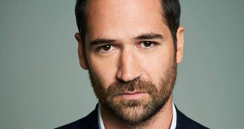 erdvqs5u0aeie5b - El mexicano Manuel García Rulfo protagonizará The Lincoln Lawyer, la nueva serie de Netflix