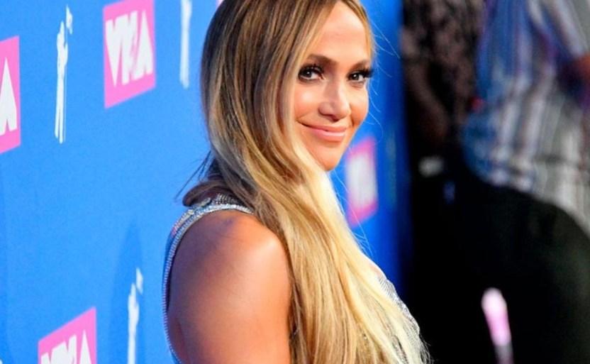 jennifer lopez cantante afp crop1612051382416.jpg 242310155 - ¡Atrevido bañador! Jennifer Lopez cautiva la mirada de fans