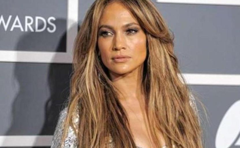 jennifer lopez cantante ap1 crop1612144566354.jpeg 242310155 - ¡Baile Jennifer Lopez con una silla y enciende a sus fans!