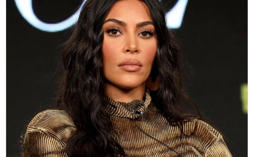 kim kardashian afp crop1610247596958.jpg 242310155 - ¡Sin nada bajo! Kim Kardashian muestra mucha piel en foto